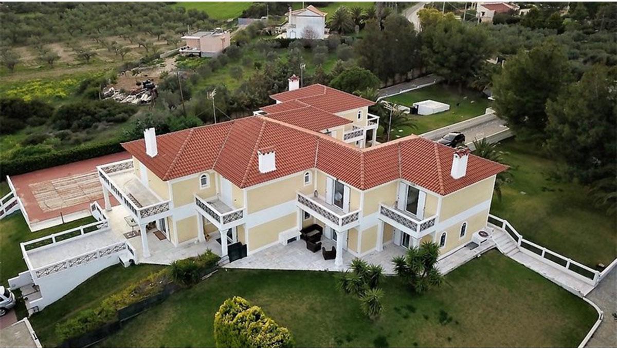 Detached Mansion in Anavyssos